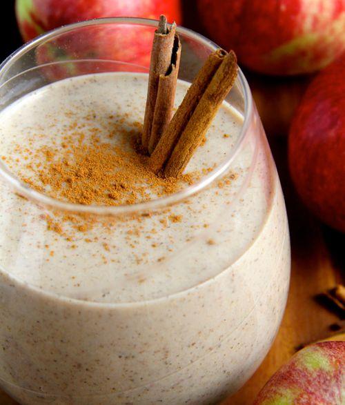 Caramel Apple Overnight Oatmeal Smoothie